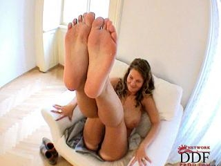 1st time showing  hot legs & feet