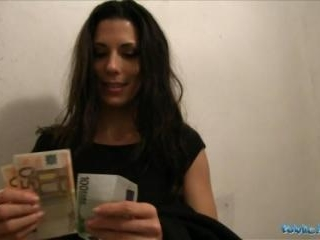 Quick Cash For Spanish Babe