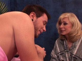 Nina Hartley in Nina Hartley seduces a client on t