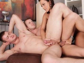Bi-Sexual Cuckold #05
