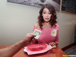 Dine And Cash