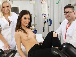 Dr. Lust – Dirty Fingers In Young Wholes
