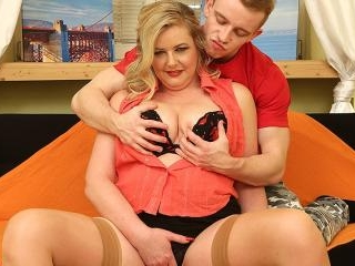 Chubby mature lady having fun with her toy boy