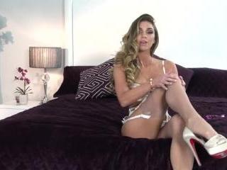Niki Skyler on Twistys
