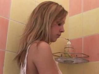 Teen Dreams > Alena Video