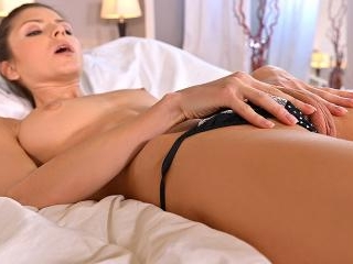 G-Spot Experimentation - Teen Probes Pussy in Dorm