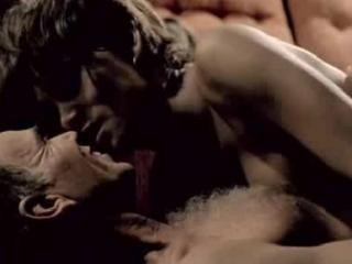 Scene hot with Halle Berry\'s
