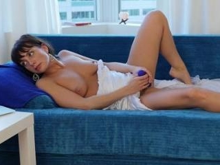 Janey Jones Teases And Tickles