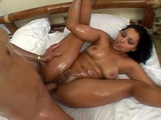 Ju Pantera - Latina Likes a Guy Who Takes It