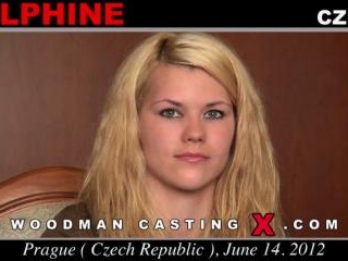 Delphine casting