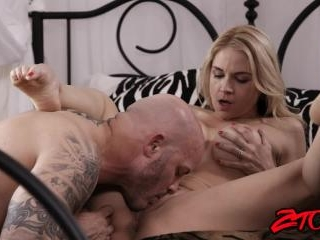 Sarah Vandella Gets Her Pussy Licked and Fucked