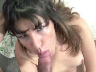 South American slut Sofia gets her Latina twat fuc