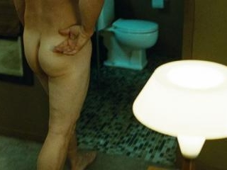 Brolin\'s buns and quick pubes as he walks to the b