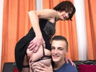 Horny mature lady sucking and fucking her toy boy