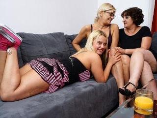 Lesbian-Alex364