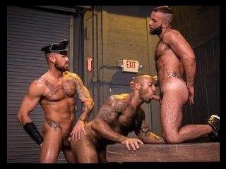 Beards, Bulges & Ballsacks!