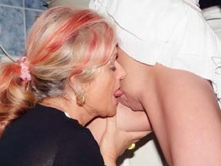 Mature Joanna Depp Seduces Silvia
