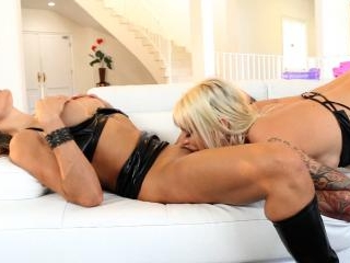 Claudia discovers the beauty of Brookes body