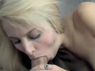 Innocent blonde Samantha Nixon gets money for her