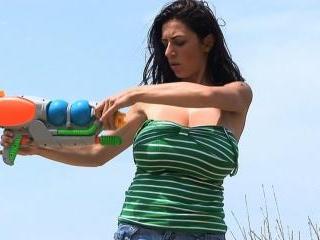 Anya Zenkova - Water Guns 2