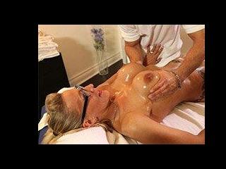 Milf Goddess Loves A Nuru Massage