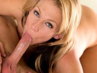 Nikki Sexx in Hardcore