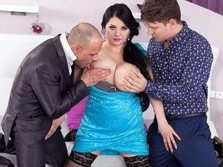 Natasha Sweet\'s Big-Tit Orgy
