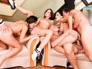 5 Incredible Orgies #02
