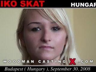 Aniko Skat casting