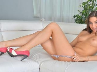 Beautiful Diana Dolce uses a vibrating toy to plea