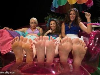 Foot Fetish, Lesbian Footing, Jello and Sploshing!