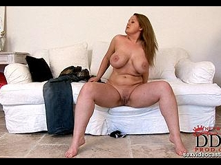 Hot newcomer shows everything