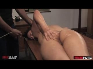 Pissing on Penny Play with Isis Love piss in her m