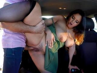 Passenger 08 - Natalia Azalea
