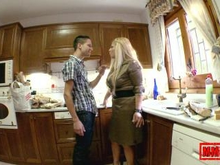 Fucking dad\'s new wife