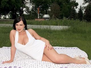 Miss Mandy Pearl\'s Picnic