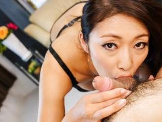 Busty Reiko Kobayakawa insolent scenes oif naughty
