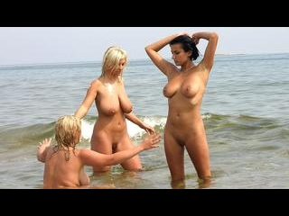 Ines Cudna with Malina May and Extasi in the Sea