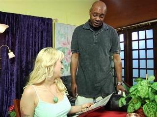 Alana Evans the curvy MILF getting anal