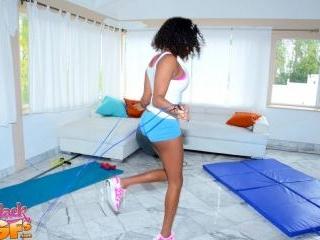 Peeping My Workout