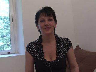 Lucie, 37 ans, divorcée, passe son premier casting