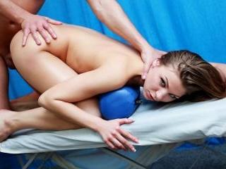 Crazy fuck at naked massage session