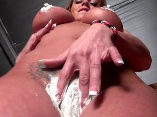 Nikki Icing Video