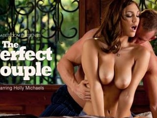 Holly Michaels in The Perfect Couple
