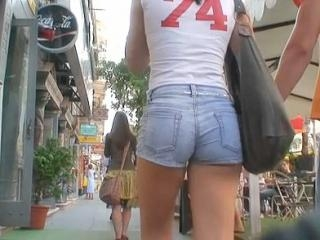 The cameraman was strolling around the city record