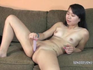 Exotic cutie Jaylynn uses a little toy to fuck her