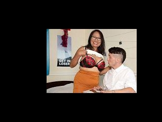 70-year-old Mandy schools a young student