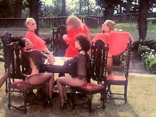 Kristine DeBell, Bucky Searles, Gila Havana in cla