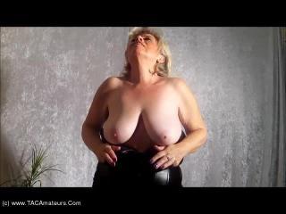 Soft Tits & Red Hose Pt2