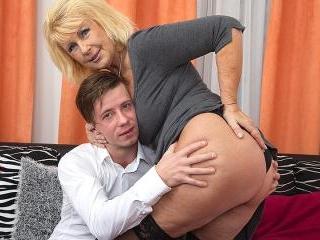Horny mature slut sucking and fucking her toy boy